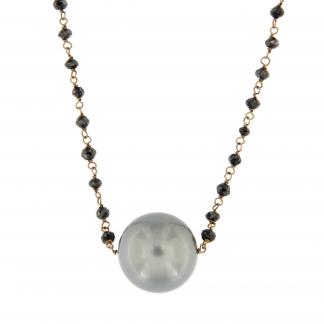 Girocollo in oro rosa 18 kt con diamanti neri e perla Tahiti, lunghezza 80cm.
