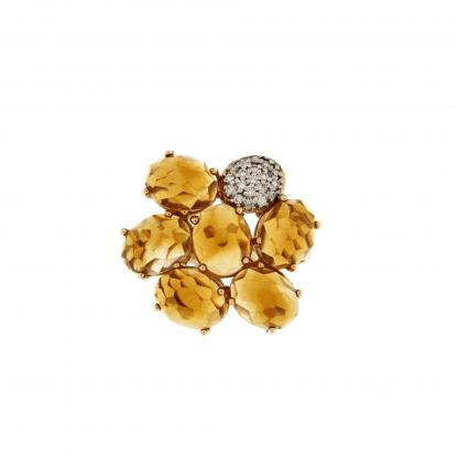 Anello in oro rosa 18 kt con diamanti GVS e petali in citrino.