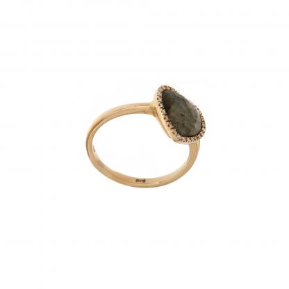 Anello in oro rosa 18kt, con diamanti GVS e labradorite taglio cuore sfaccettato 10x10mm.