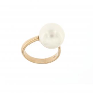 Anello in oro rosa 18kt con perla.