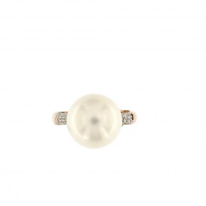 Anello in oro rosa 18kt con diamanti GVS  0,48 kt e perla South sea 13-14mm.
