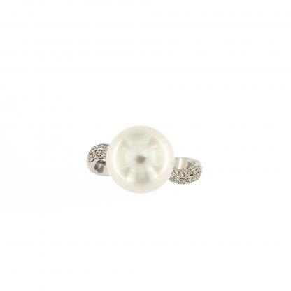 Anello in oro bianco 18kt con diamanti GVS e perla South sea 11-12mm.