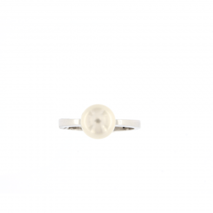 Anello in oro bianco 18kt con perla Akoya 8-8,5mm.