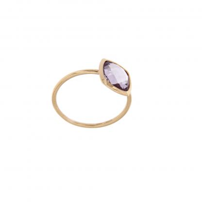 Anello in oro rosa 18kt, con ametista taglio antico briolette 8x8mm.