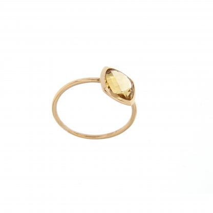 Anello in oro rosa 18kt, con citrino taglio antico briolette 8x8mm.