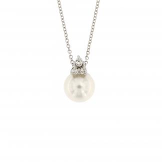 Girocollo in oro bianco 18 kt con diamanti GVS e perla Akoya.