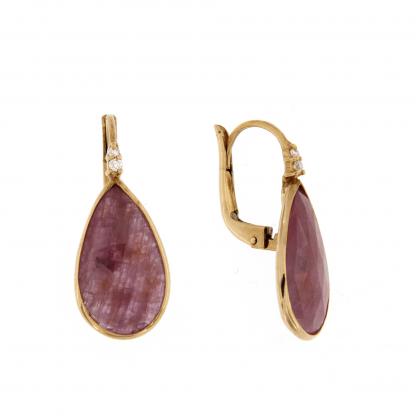 Orecchini in oro rosa 18 kt con diamanti GVS e rubino taglio goccia.