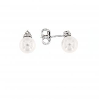 Orecchini in oro bianco 18 kt con diamanti GVS e perle Akoya 7-7,5mm.