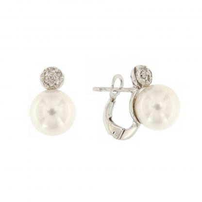Orecchini in oro bianco 18 kt con diamanti GVS e perle Akoya 9-9,5mm.