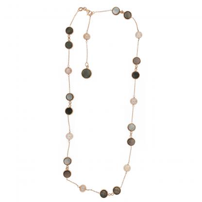 Girocollo in oro rosa 18 kt con perle freshwater pesca  e piastrine tonde da 6 e 8mm in madreperla nera.