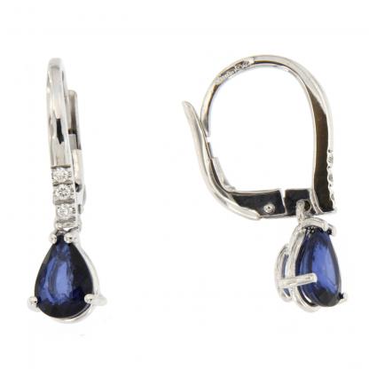 Orecchini in oro bianco 18kt con diamanti GVS e zaffiro blu taglio goccia 7x5mm.