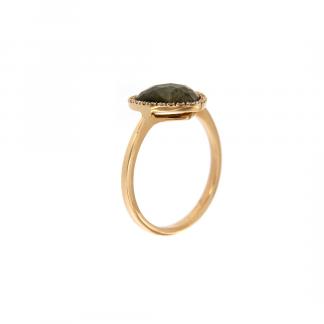 Anello in oro rosa 18kt con labradorite taglio cuore cab sfaccettato e contorno in diamanti GVS1