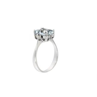 Anello in oro bianco 18kt con acquamarina ottagonale 9x7mm e diamanti GVS1