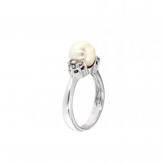 Anello in oro bianco 18kt con perla akoya e diamanti GVS1