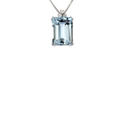 Pendente in oro bianco 18kt con acquamarina ottagonale 14x10mm e diamanti GVS1
