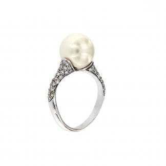 Anello in oro bianco 18kt con perla south sea e diamanti GVS1