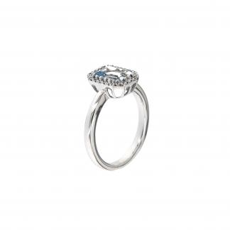 Anello in oro bianco 18kt con acquamarina ottagonale 8x6mm e diamanti GVS1