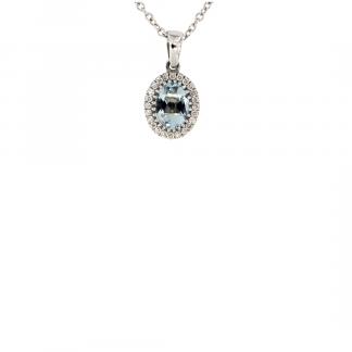 Pendente in oro bianco 18kt con acquamarina ovale 7x5mm e contorno di diamanti GVS1