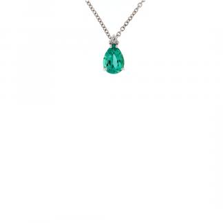 Pendente in oro bianco 18kt con smeraldo goccia 7x5mm e diamanti GVS1