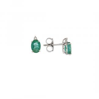 Orecchini in oro bianco 18kt con smeraldo taglio ovale 7x5mm e diamanti GVS1